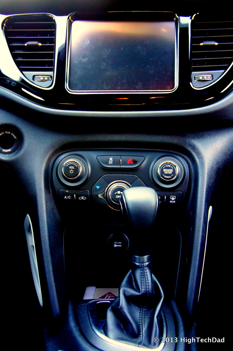 File Middle Console 2013 Dodge Dart Rallye 8475491867 Jpg Wikimedia Commons