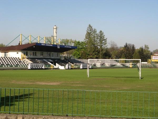 File Nowy Sacz Sandecja stadion jpg  Wikimedia Commons -> Kuchnie Kaflowe Nowy Sacz
