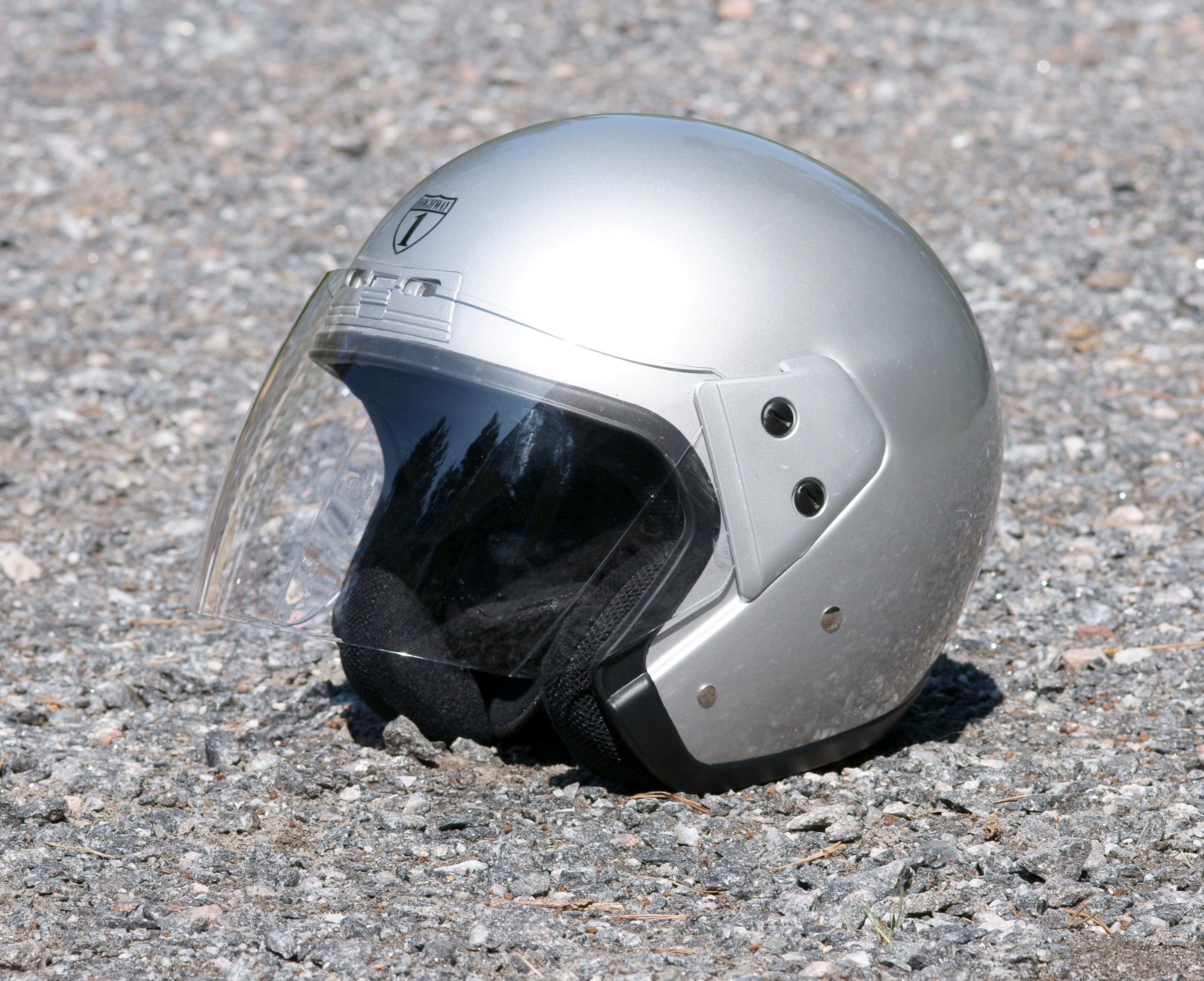 File:Open-face helmet kallerna.JPG - Wikimedia Commons