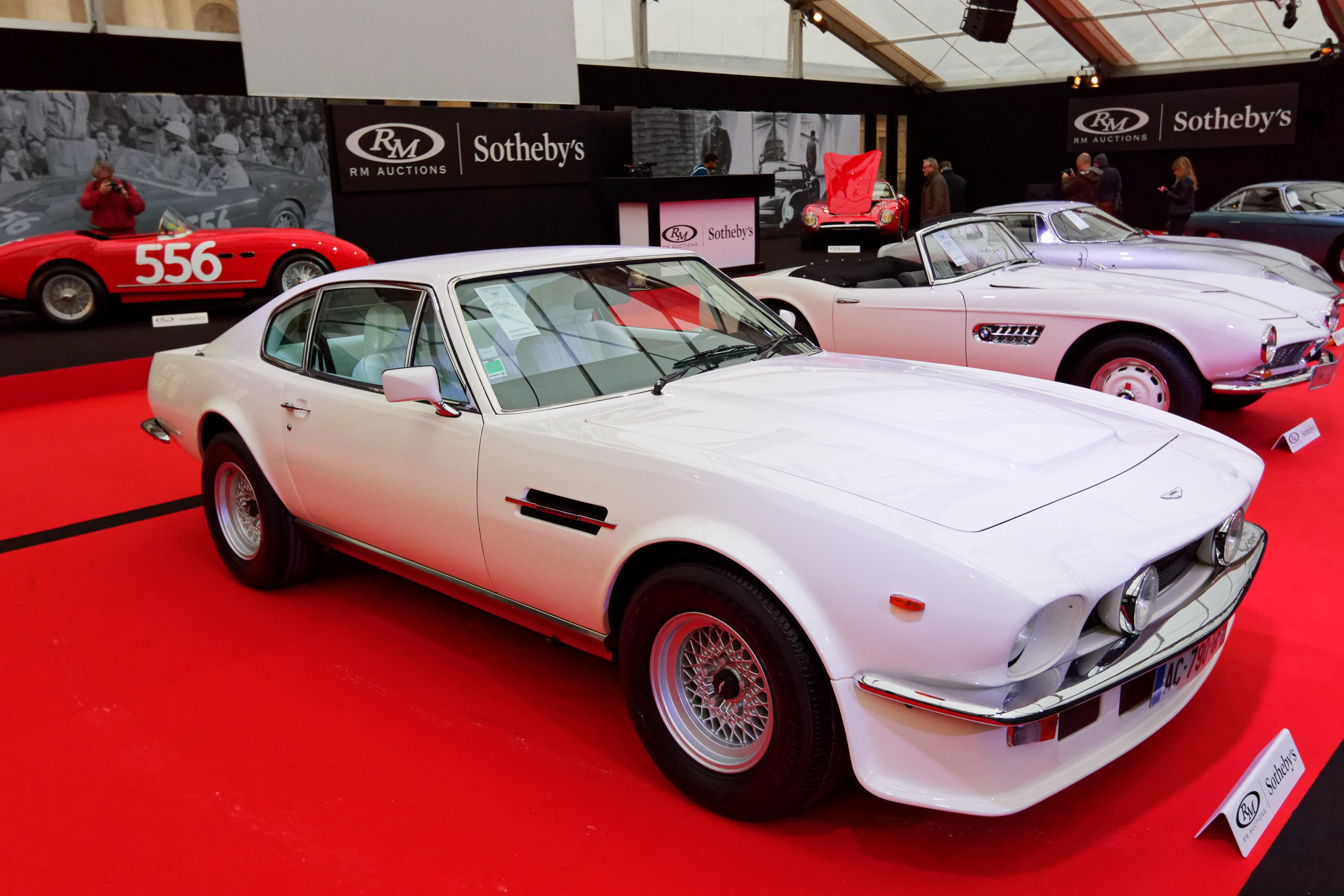 File Paris Rm Sotheby S 2018 Aston Martin V8 Vantage V580 Oscar India 1983 002 Jpg Wikimedia Commons