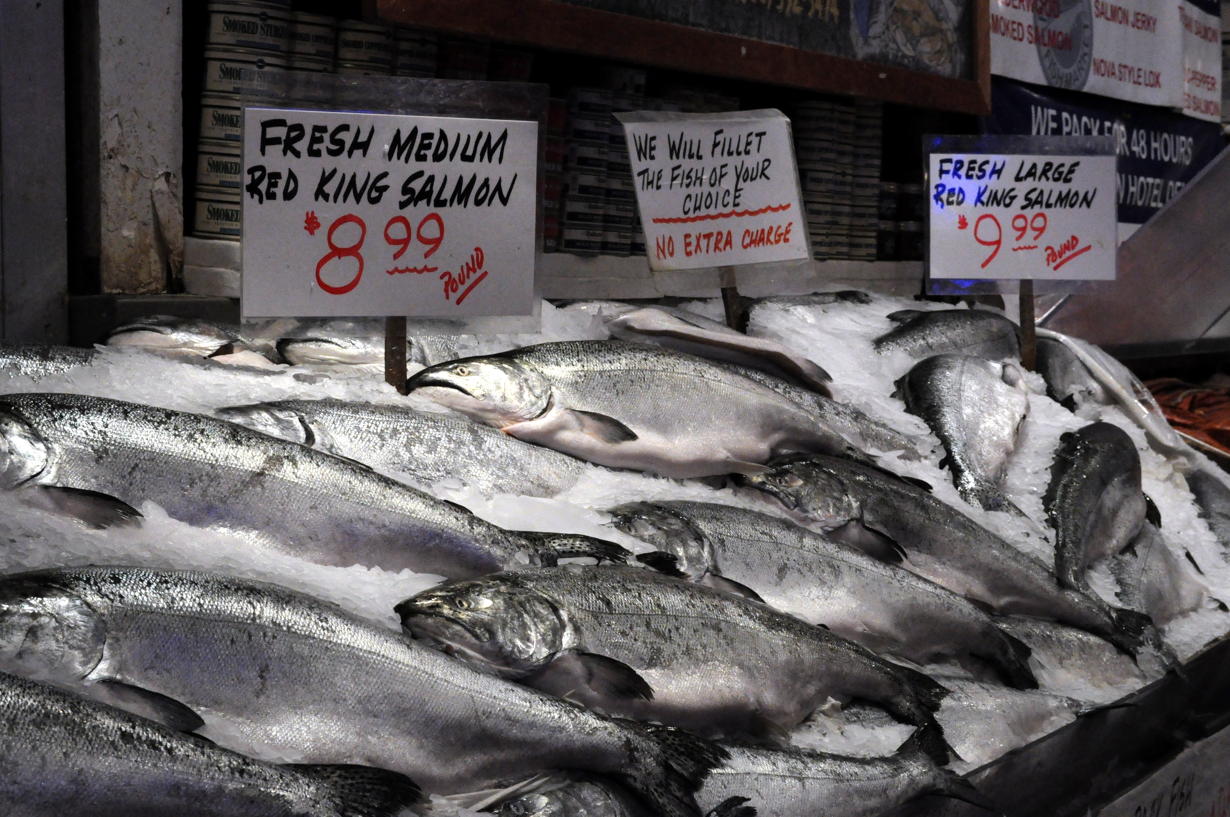 File pike place market silver salmon at pure food fish for Cherry street fish market