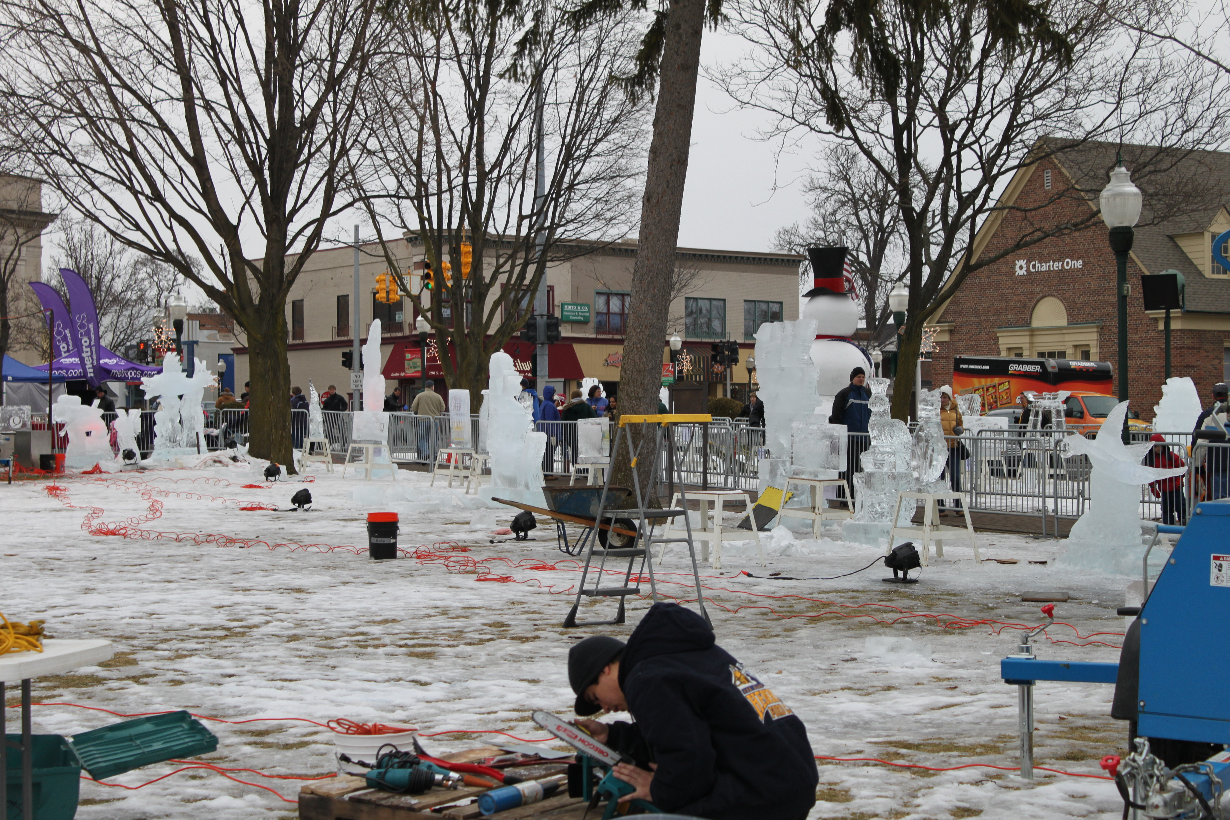 File:plymouth Ice Festival