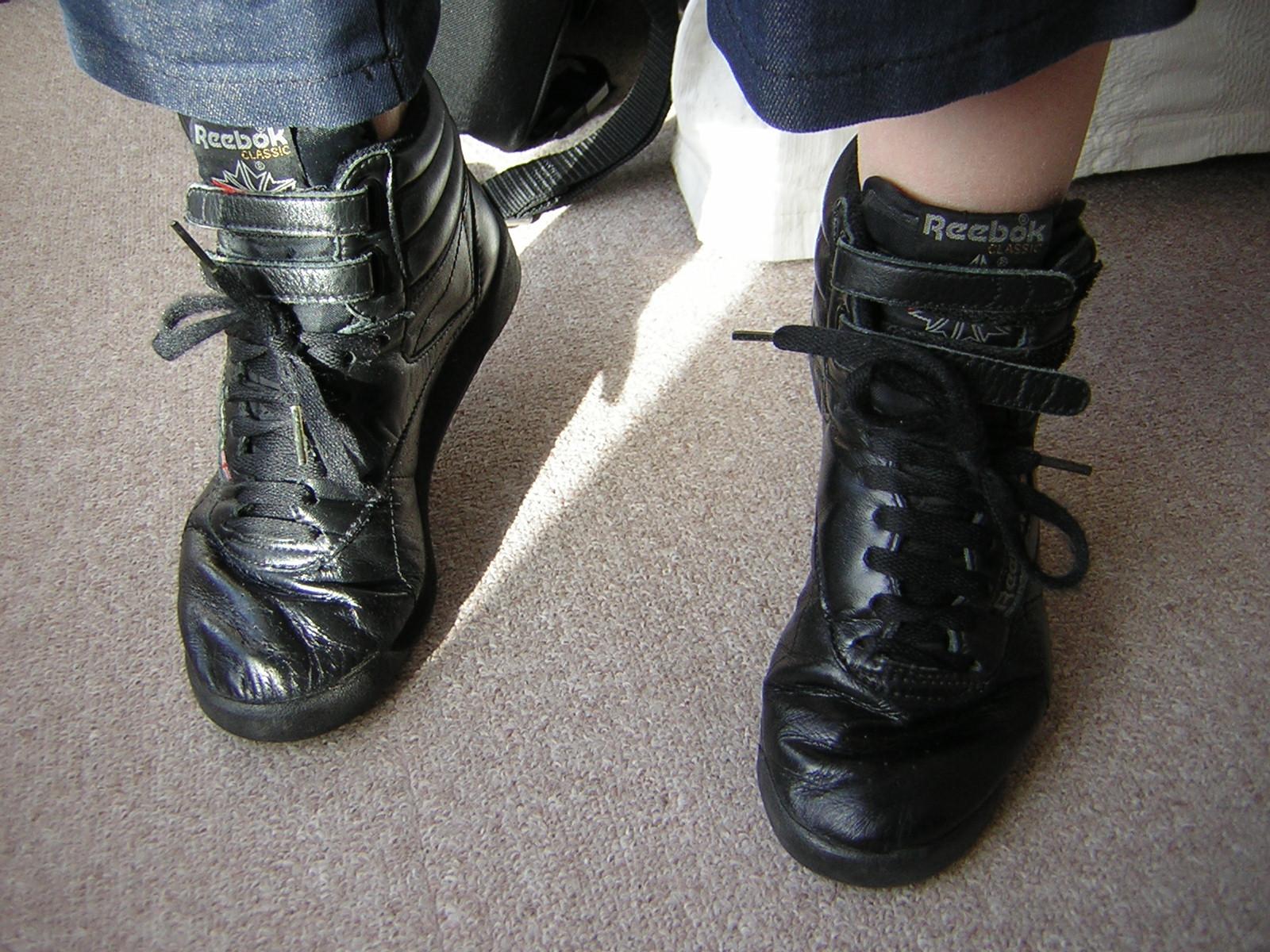różne kolory specjalne do butów nowe promocje File:Reebok freestyle hight black 002.jpg - Wikimedia Commons