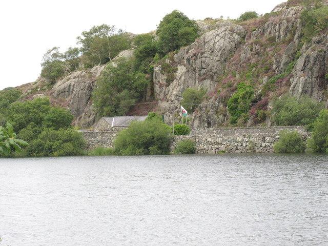 Rock outcrops of the Pre-Cambrian Padarn ridge seen across Llyn Padarn - geograph.org.uk - 480653