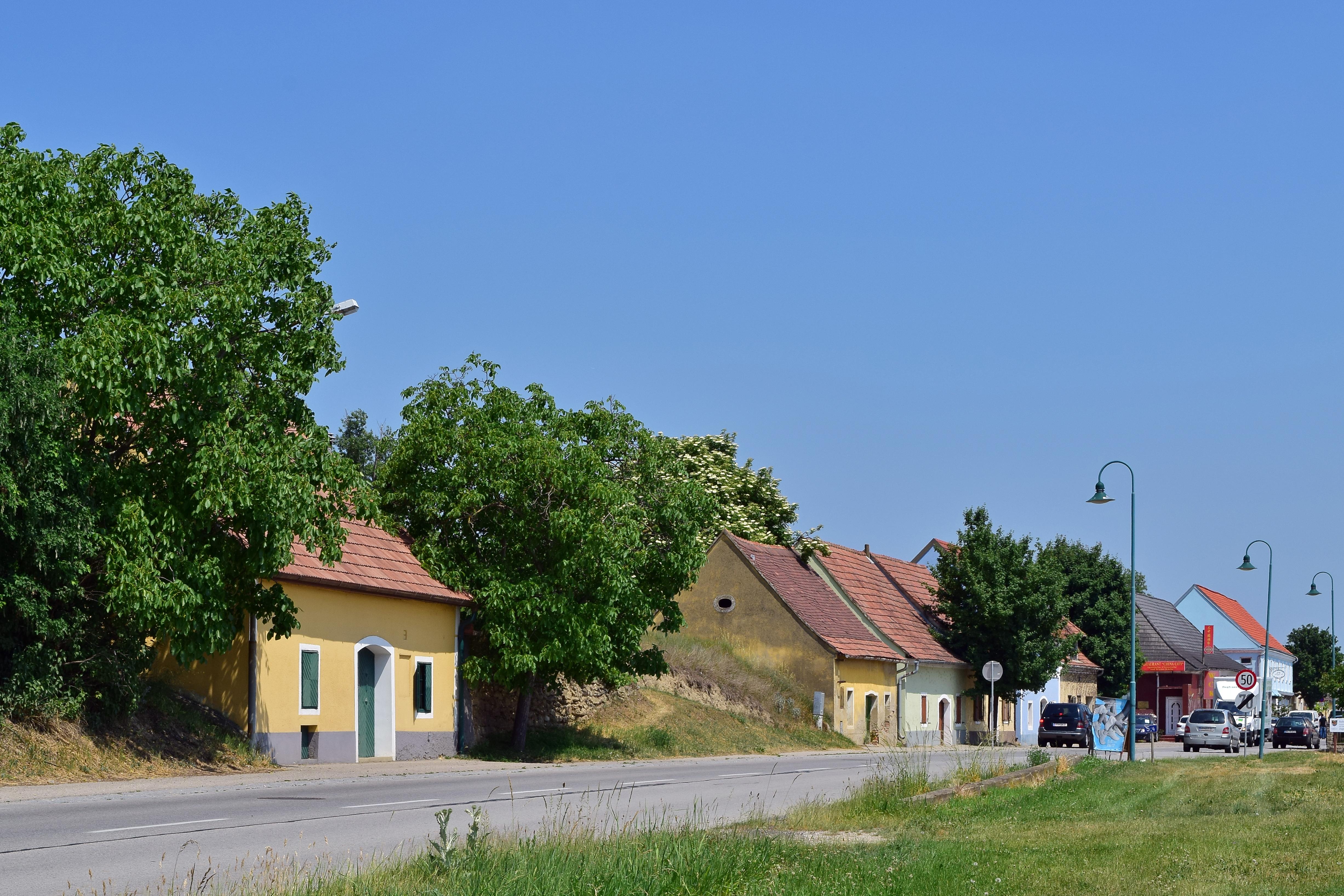 Datei:AUT Rohrendorf bei Krems huggology.com Wikipedia
