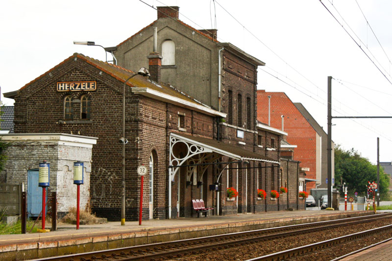 Trainstation Herzele in Belgium