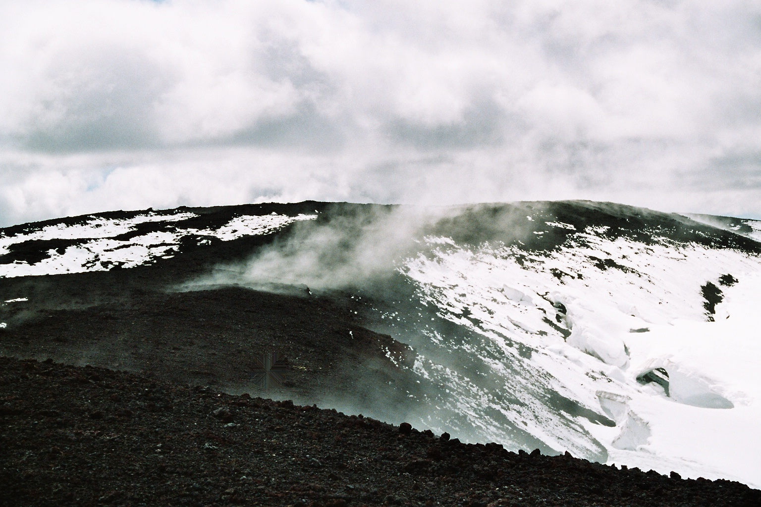 file steaming top of hekla volcano wikimedia commons. Black Bedroom Furniture Sets. Home Design Ideas