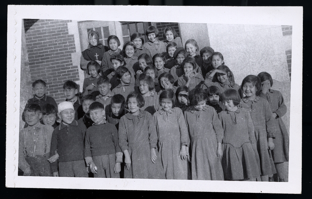 the residential school system of canada Aborinal population issues - residential school system in canada: an intergenerational tragedy.