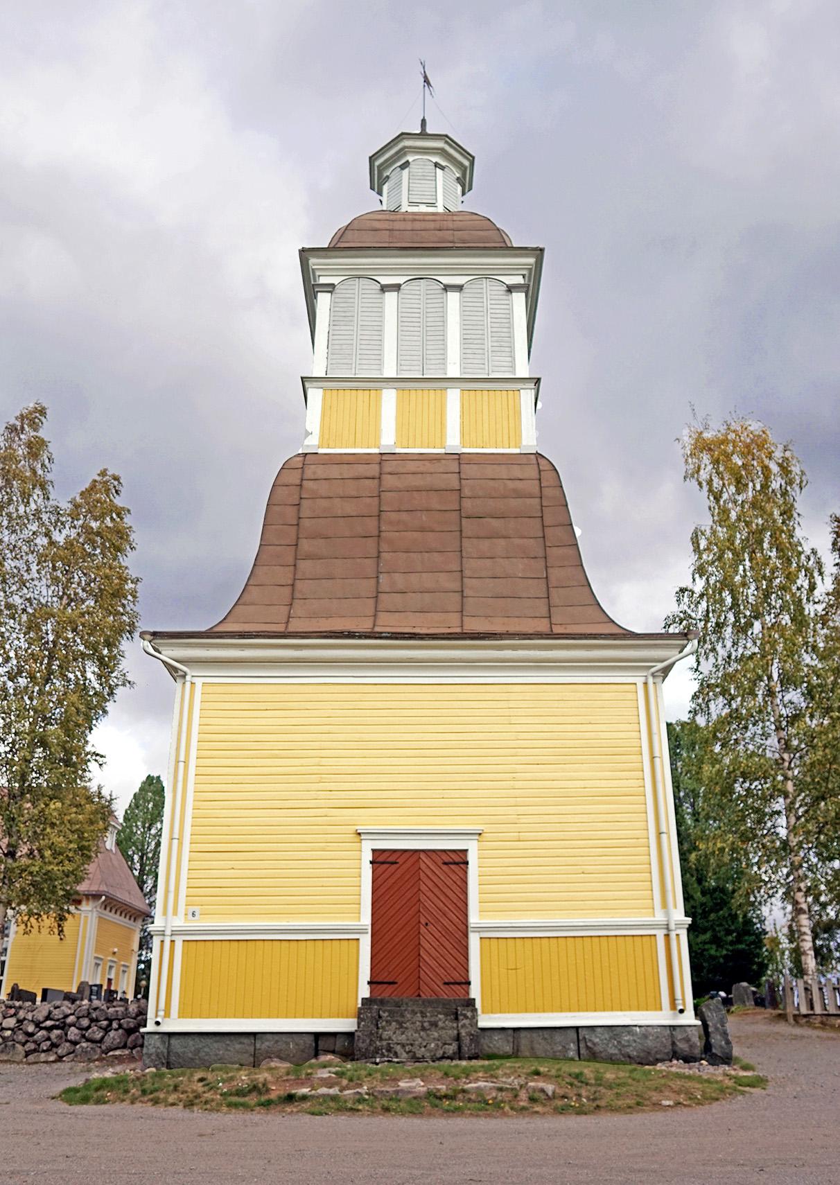 Töysä bell tower 2.jpg
