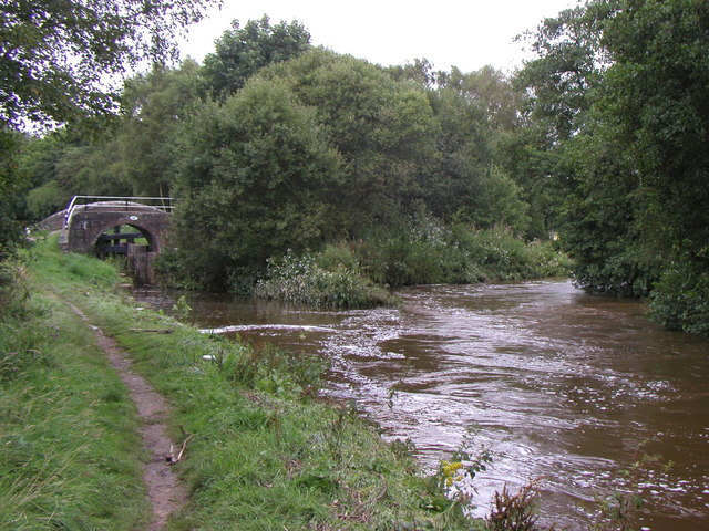 The Caldon Canal meets the River Churnet - geograph.org.uk - 315833