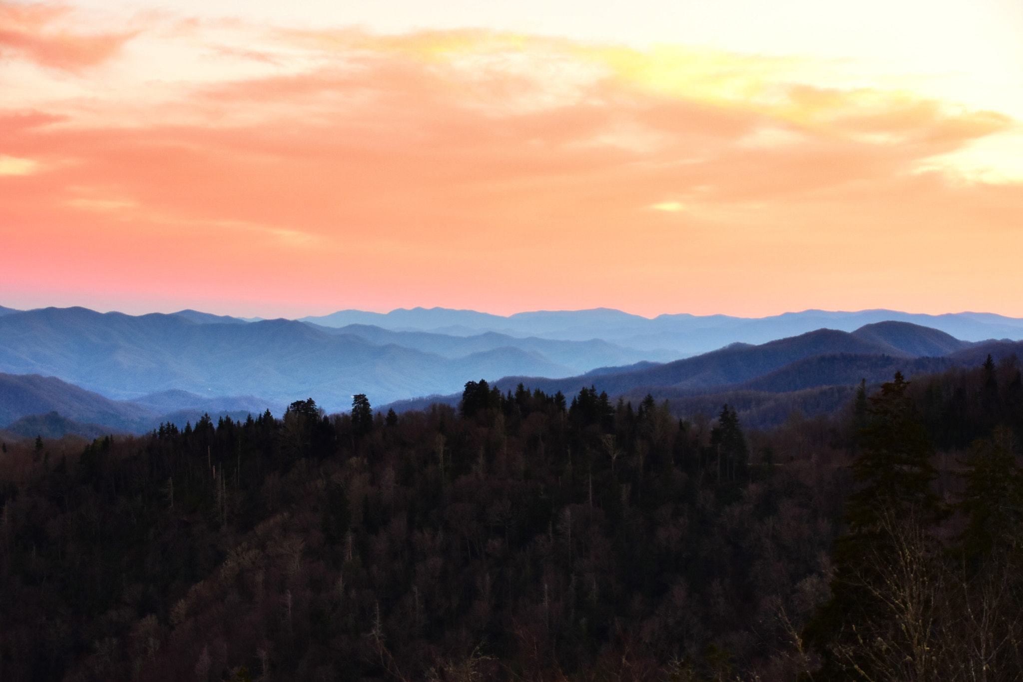 File:The Sky Is On Fire Over The Blue Ridge Mountains (131194559).jpeg - Wikimedia Commons