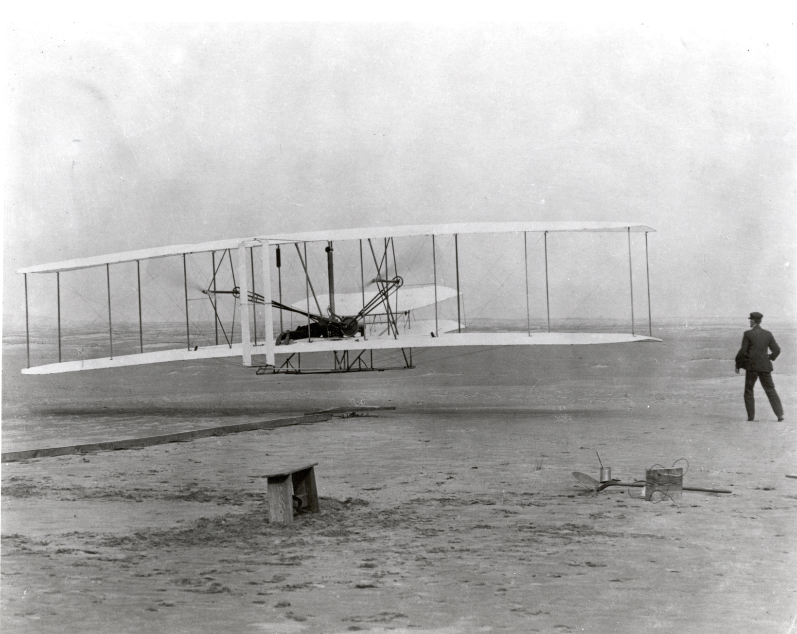 Guy wright brothers the fist plane