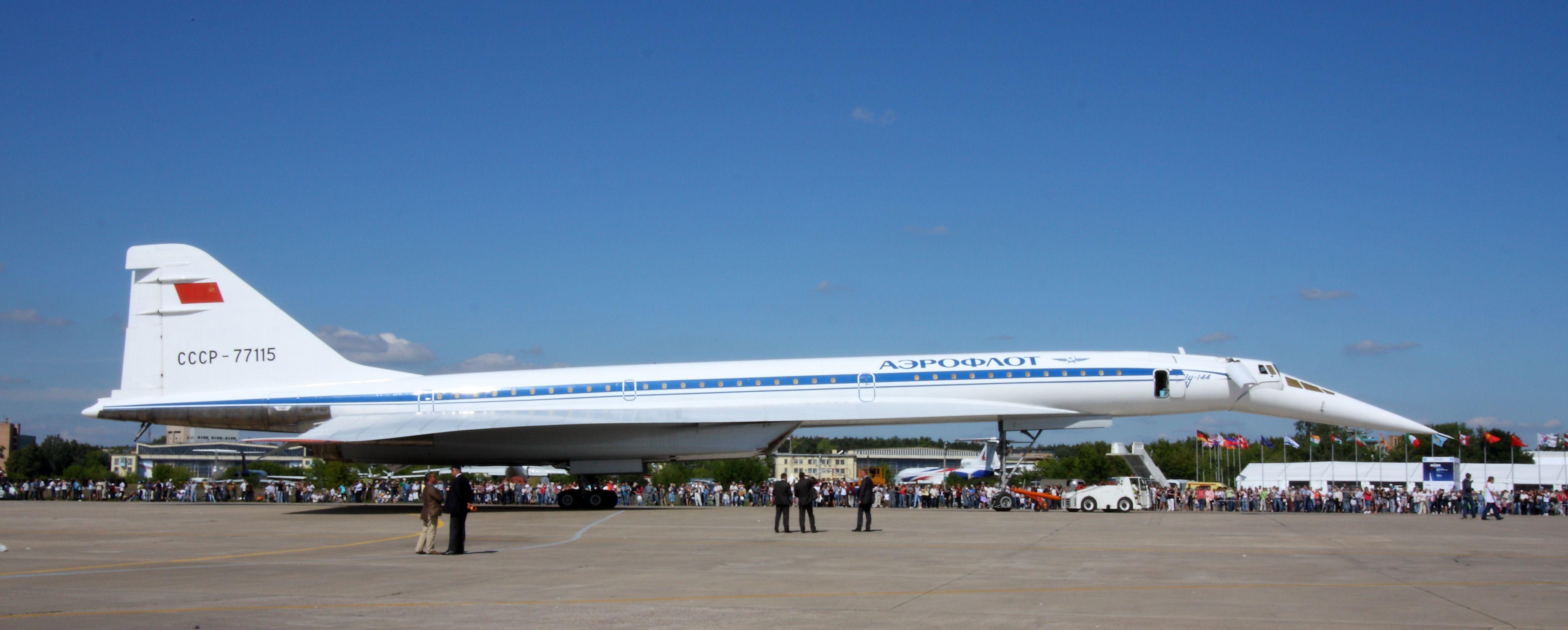 File Tupolev Tu 144 At The Maks 2011 02 Jpg Wikimedia