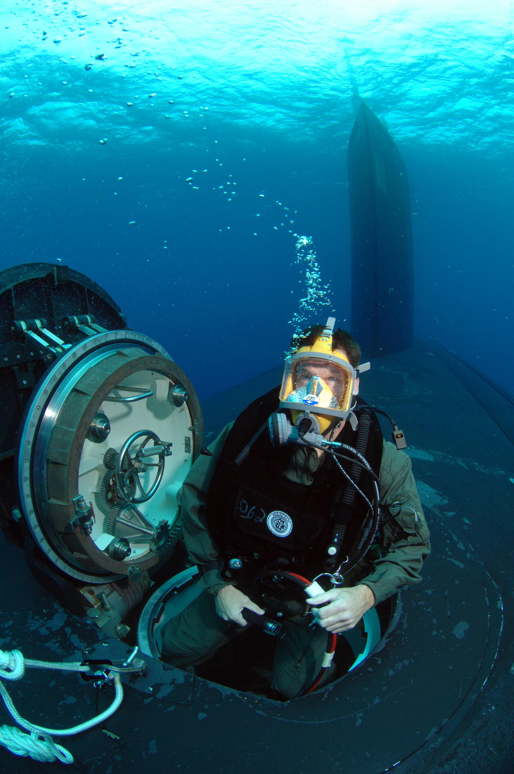 Deep Sea Diving: Key West Deep Sea Diving