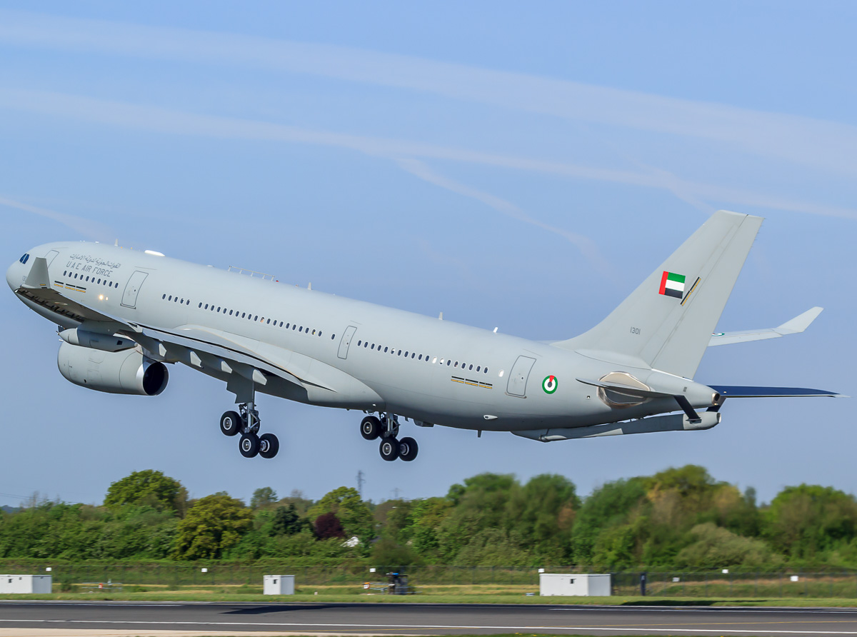 File:United Arab Emirates Airbus A330 MRTT taking off at Manchester Airport (2).jpg - Wikimedia ...