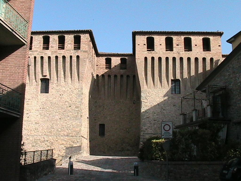 Varano de' Melegari - Castello Pallavicino 06.JPG