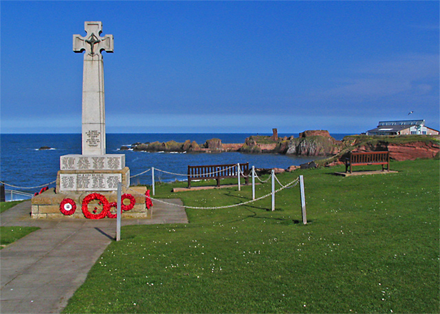 War Memorial above the sea - geograph.org.uk - 389716