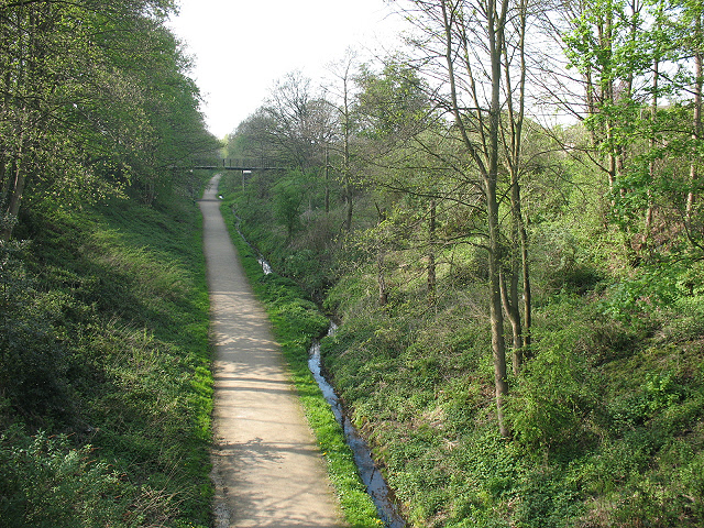 Wheelock Rail Trail - geograph.org.uk - 1263066