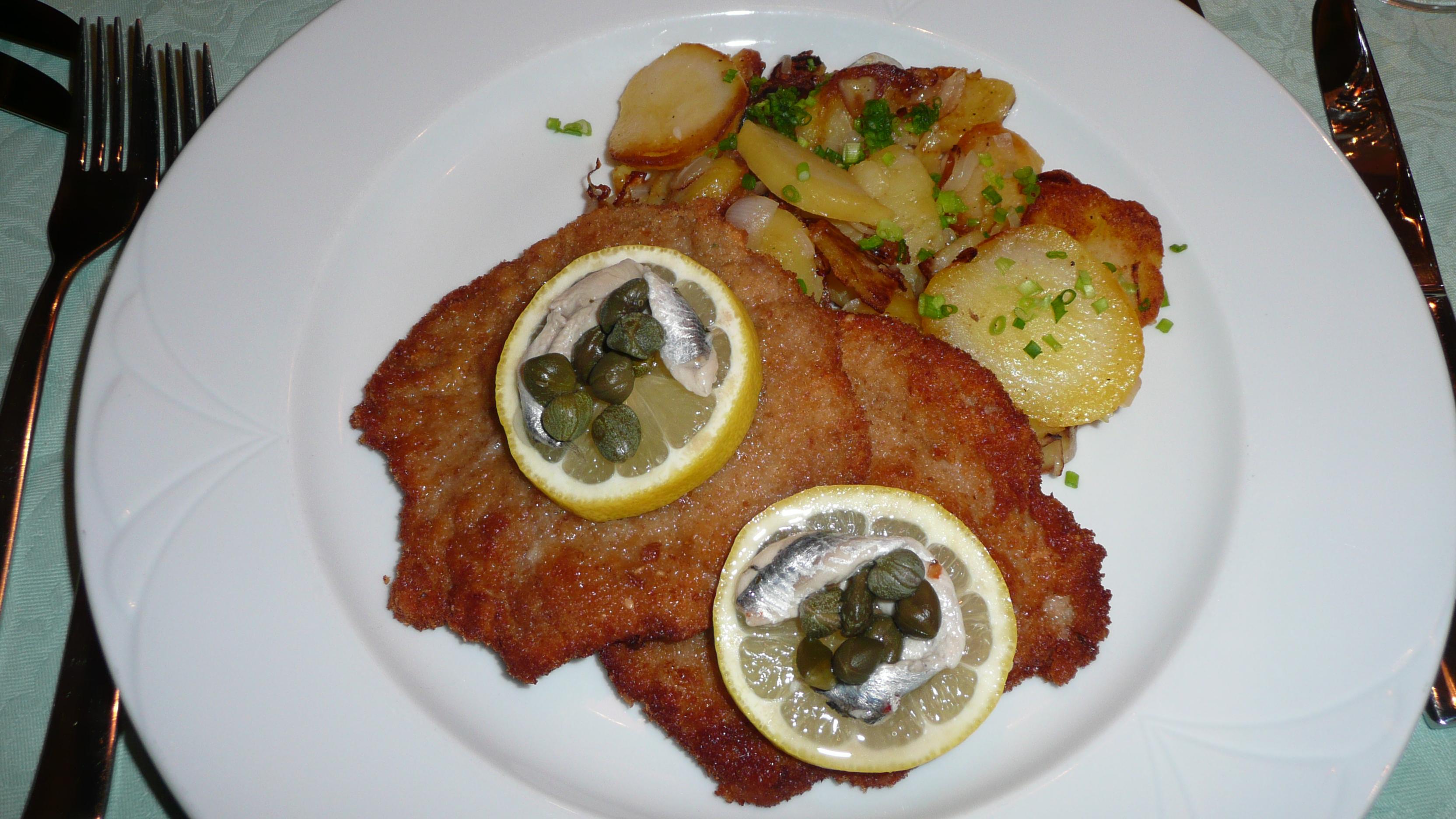 Wiener Schnitzel Wiki file wiener schnitzel mit sardelle jpg wikimedia commons