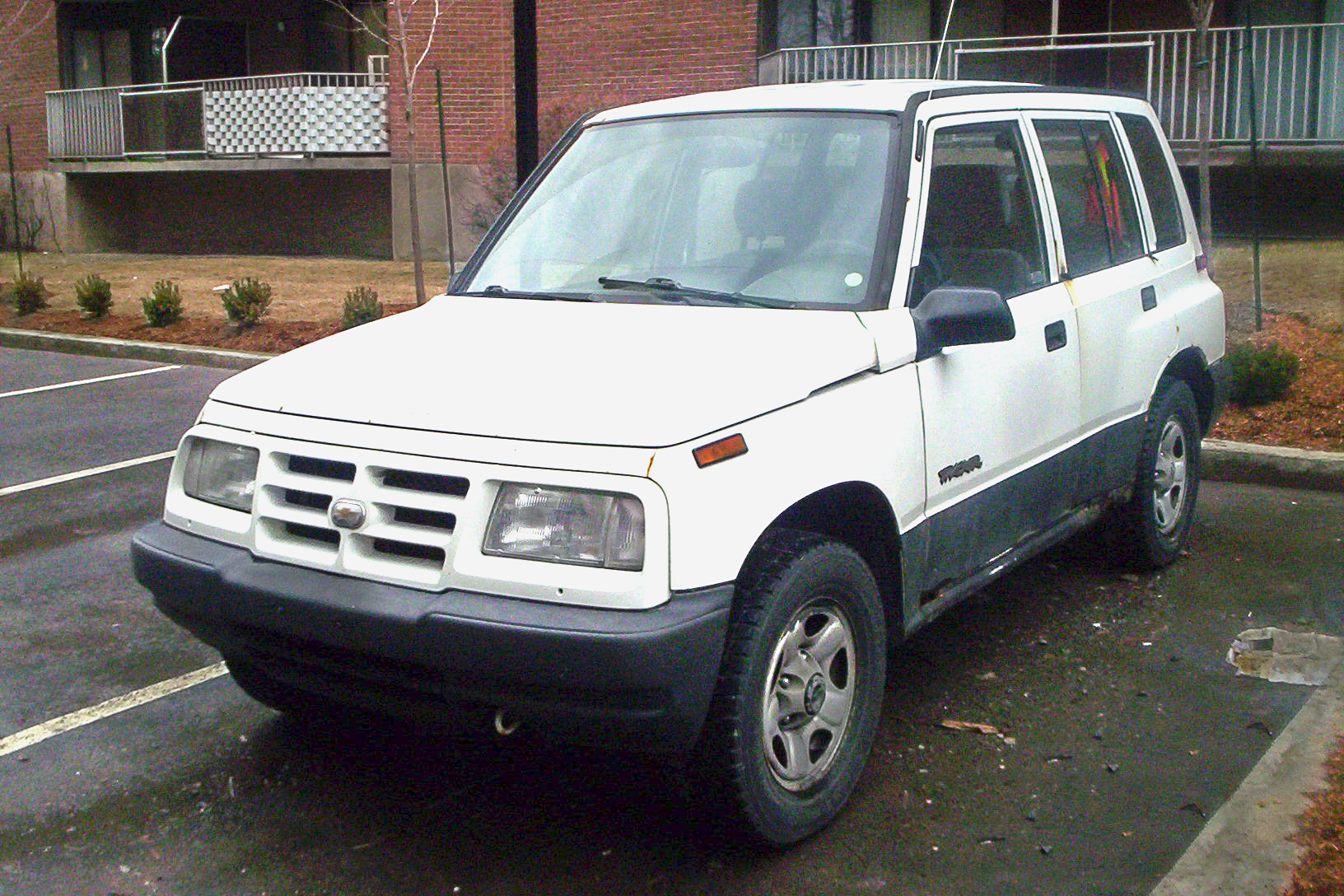 File 98 chevy tracker jpg