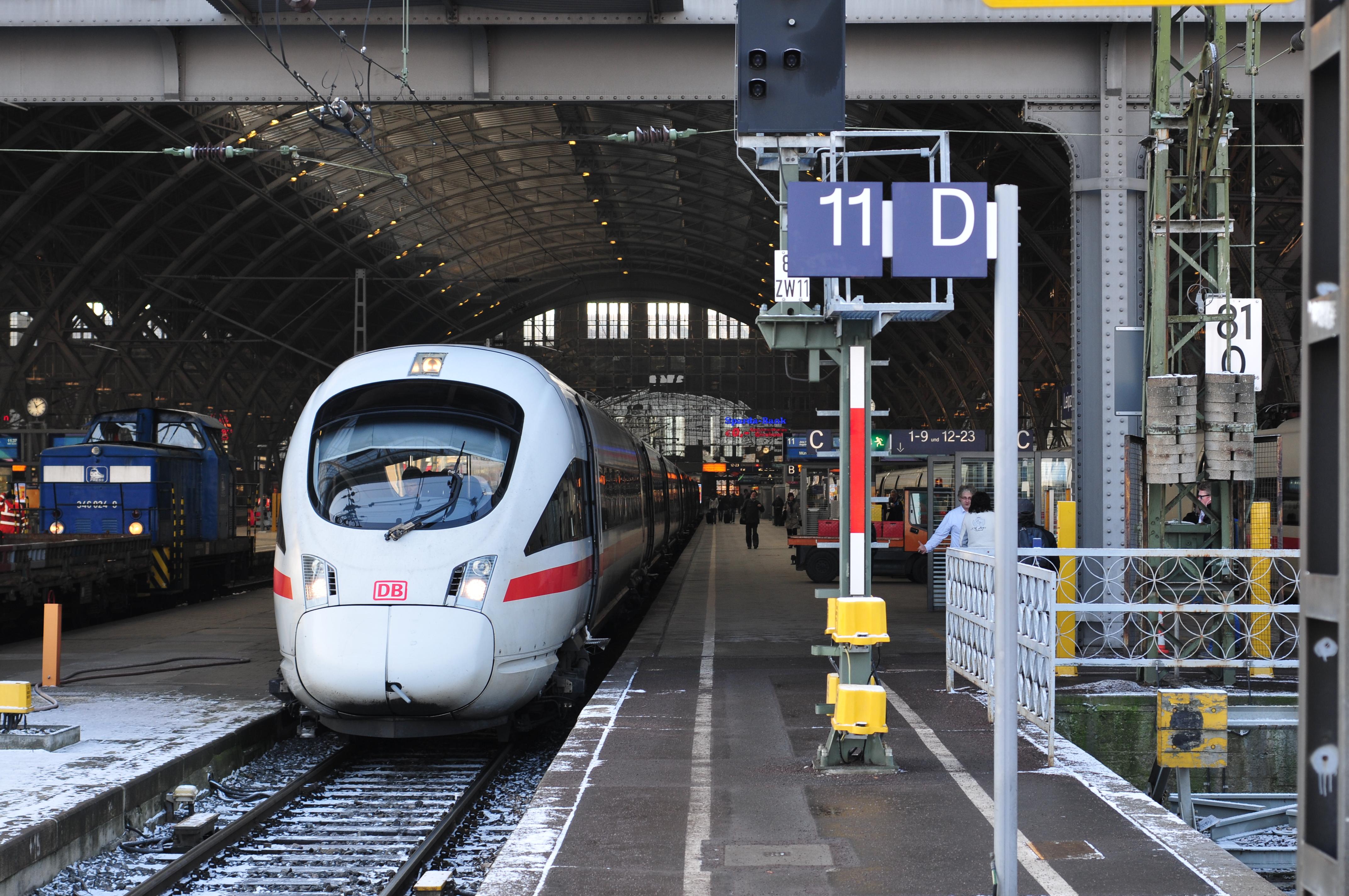 13-01-15-leipzig-hauptbahnhof-by-RalfR-02.jpg