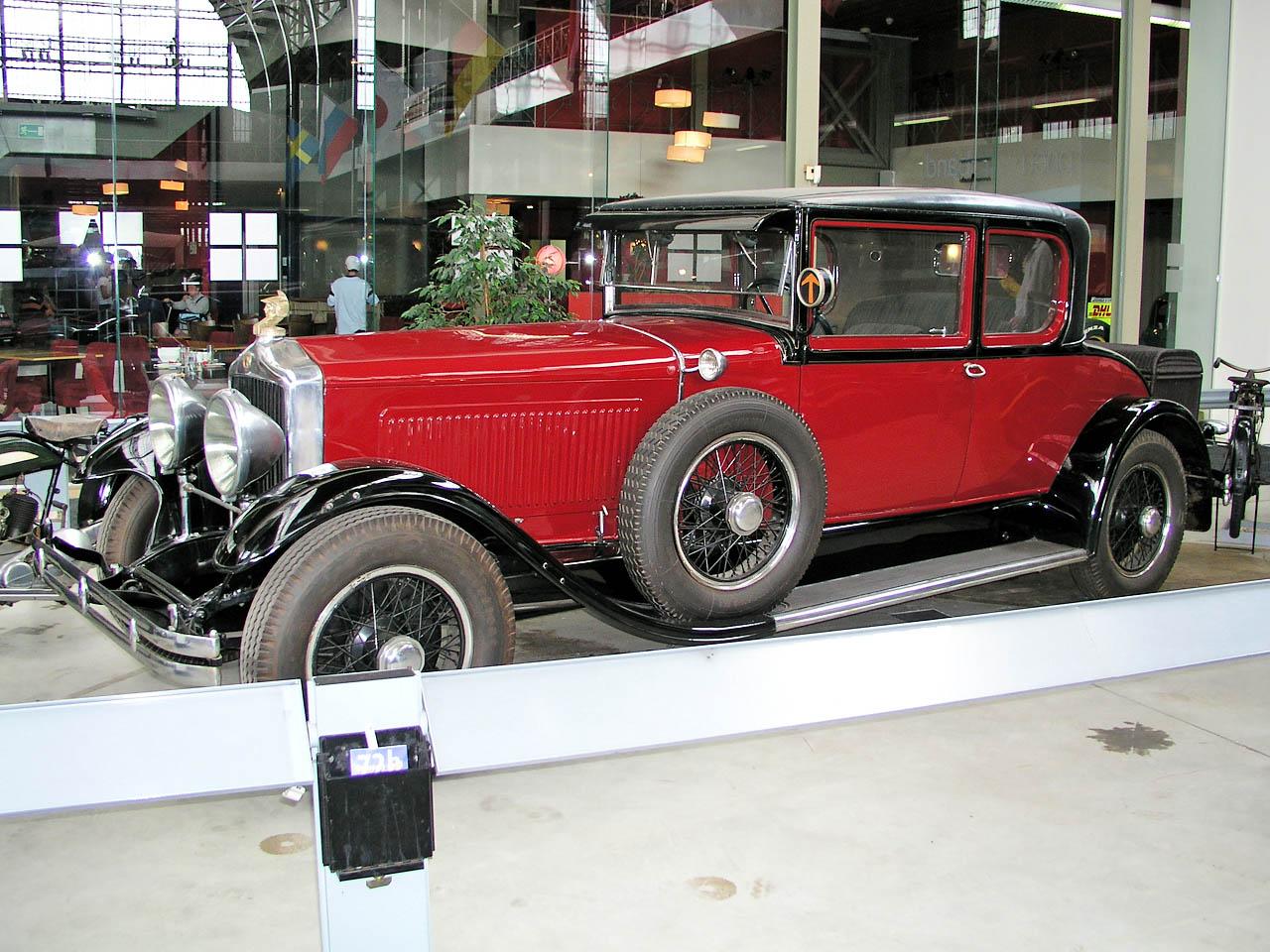 File:1930 Minerva AL 40 CV coupe by Le Baron side.JPG ...
