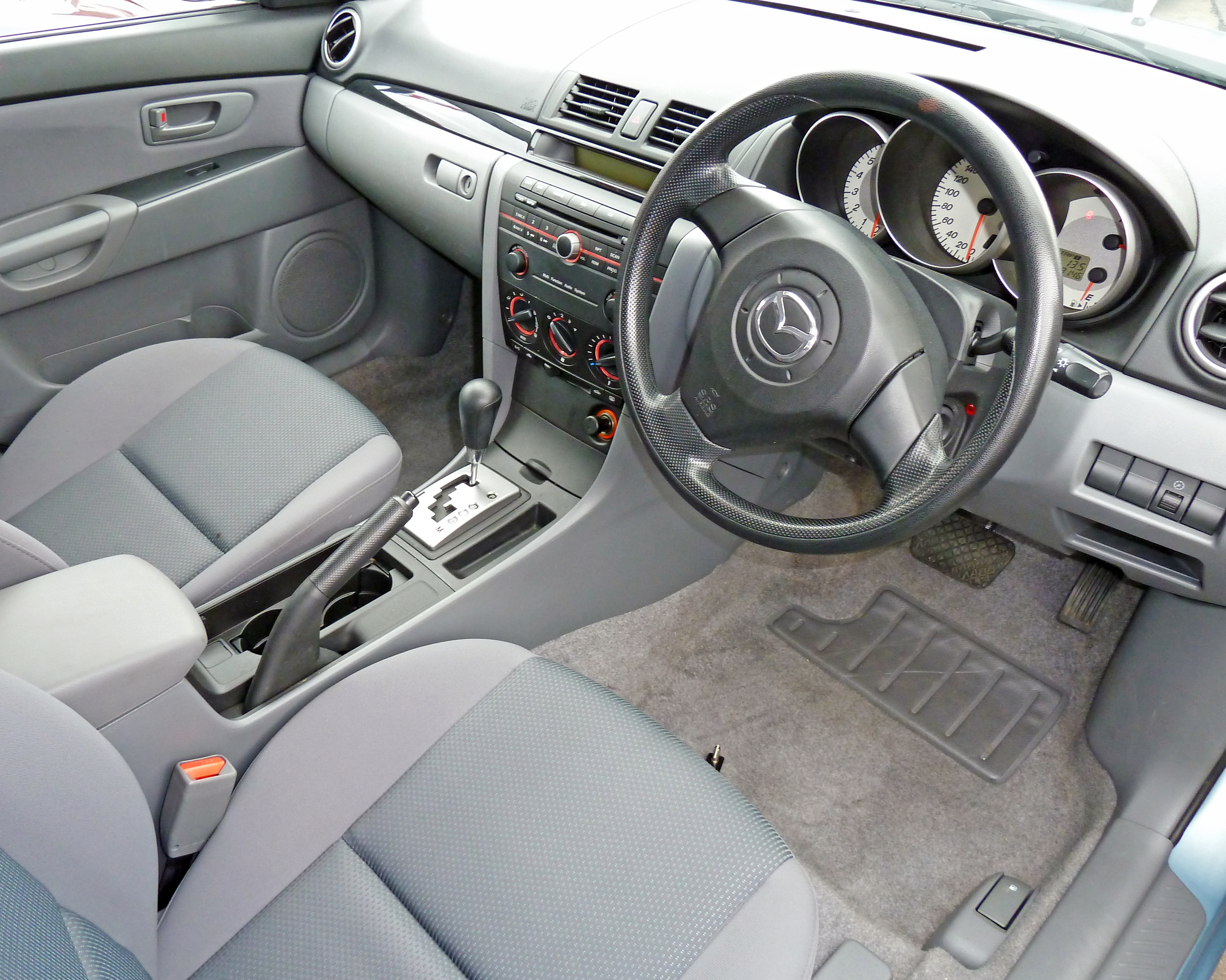 File:2007 Mazda 3 (BK Series 2) Neo hatchback 01.jpg
