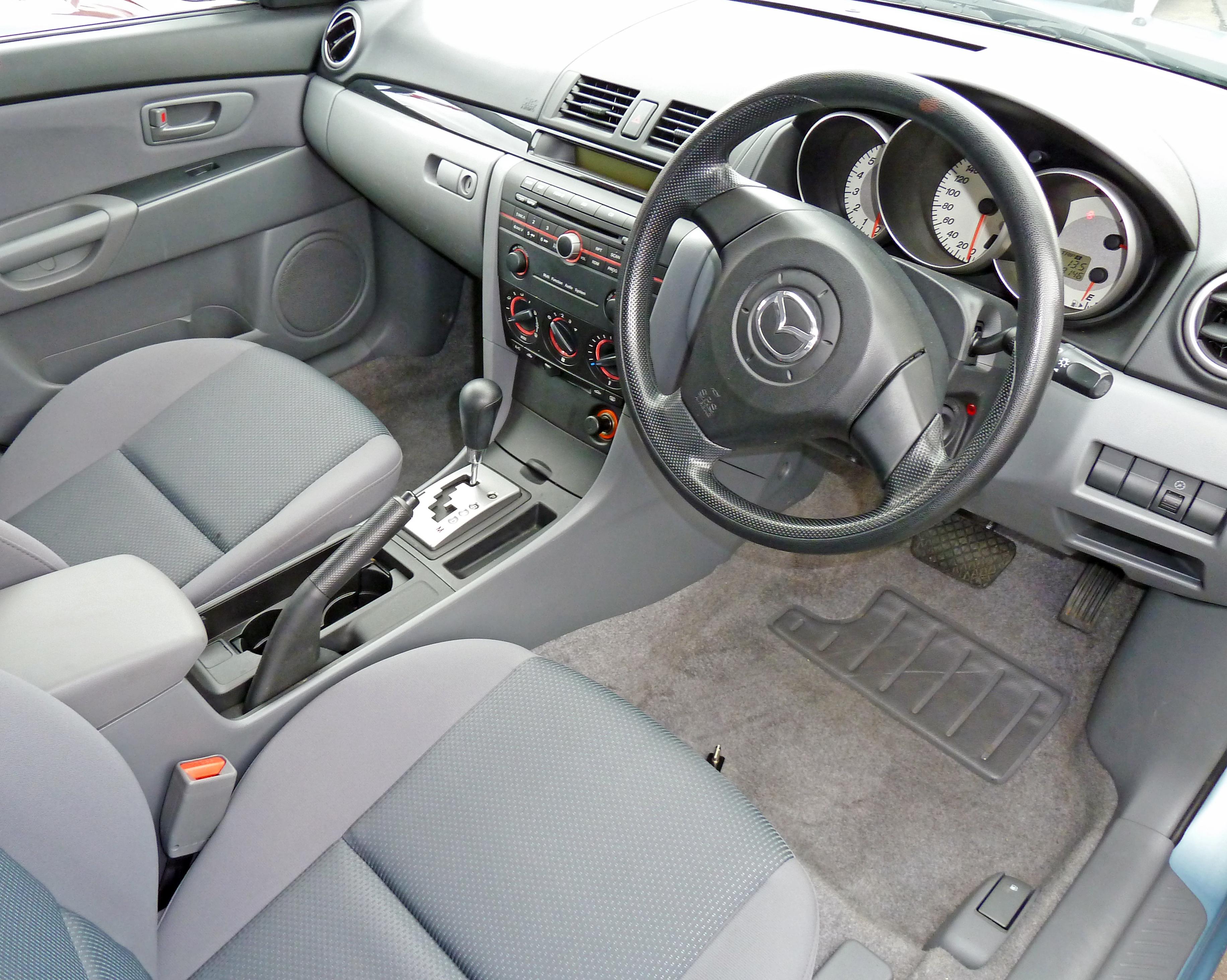 File 2007 Mazda 3 Bk Series 2 Neo Hatchback 01 Wikimedia
