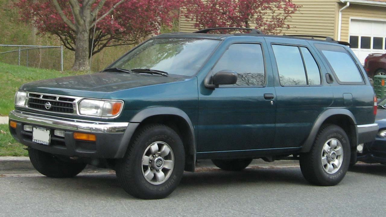 File 96 99 Nissan Pathfinder Jpg Wikimedia Commons