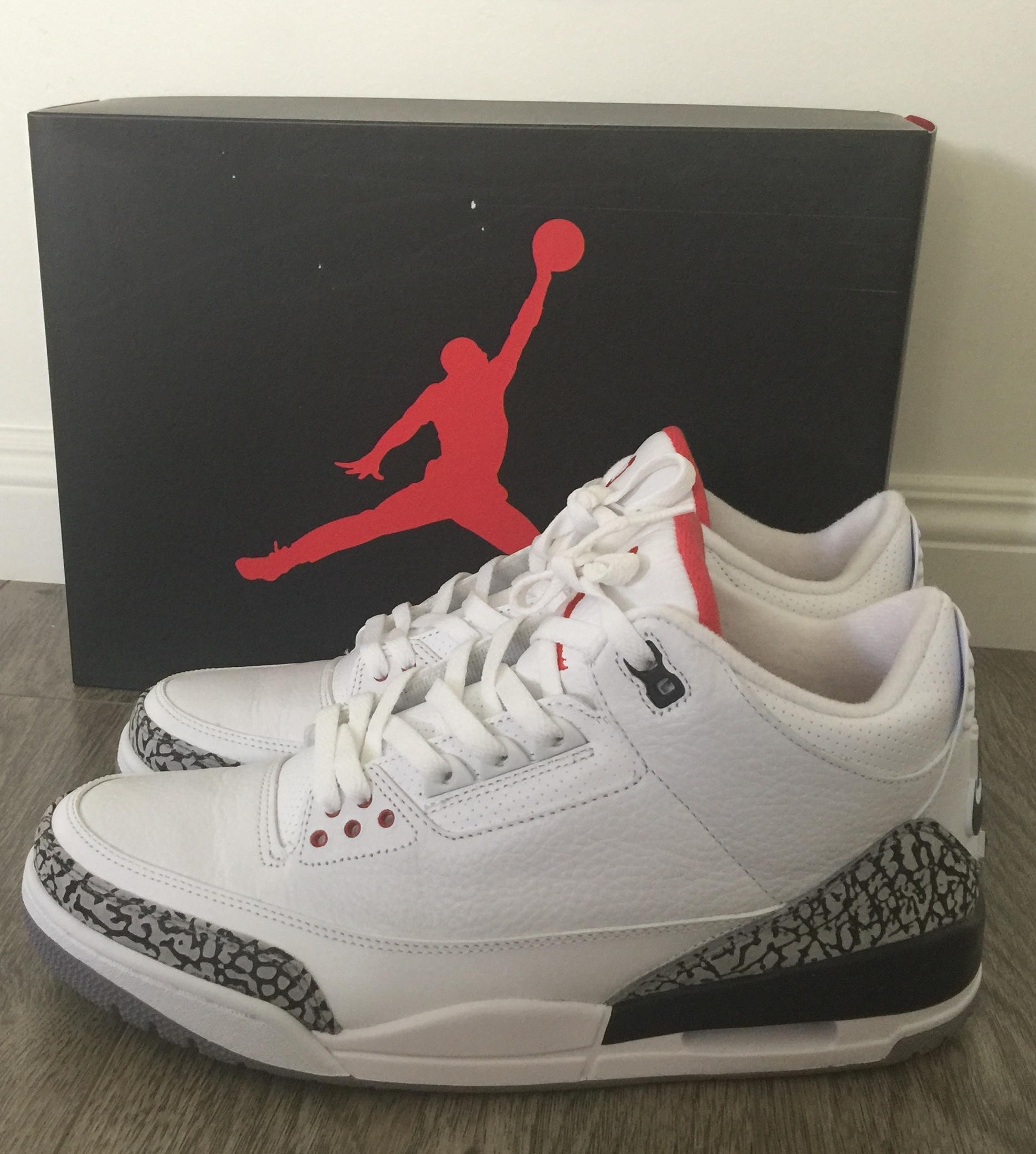 Air Jordan Retro Shoes Com