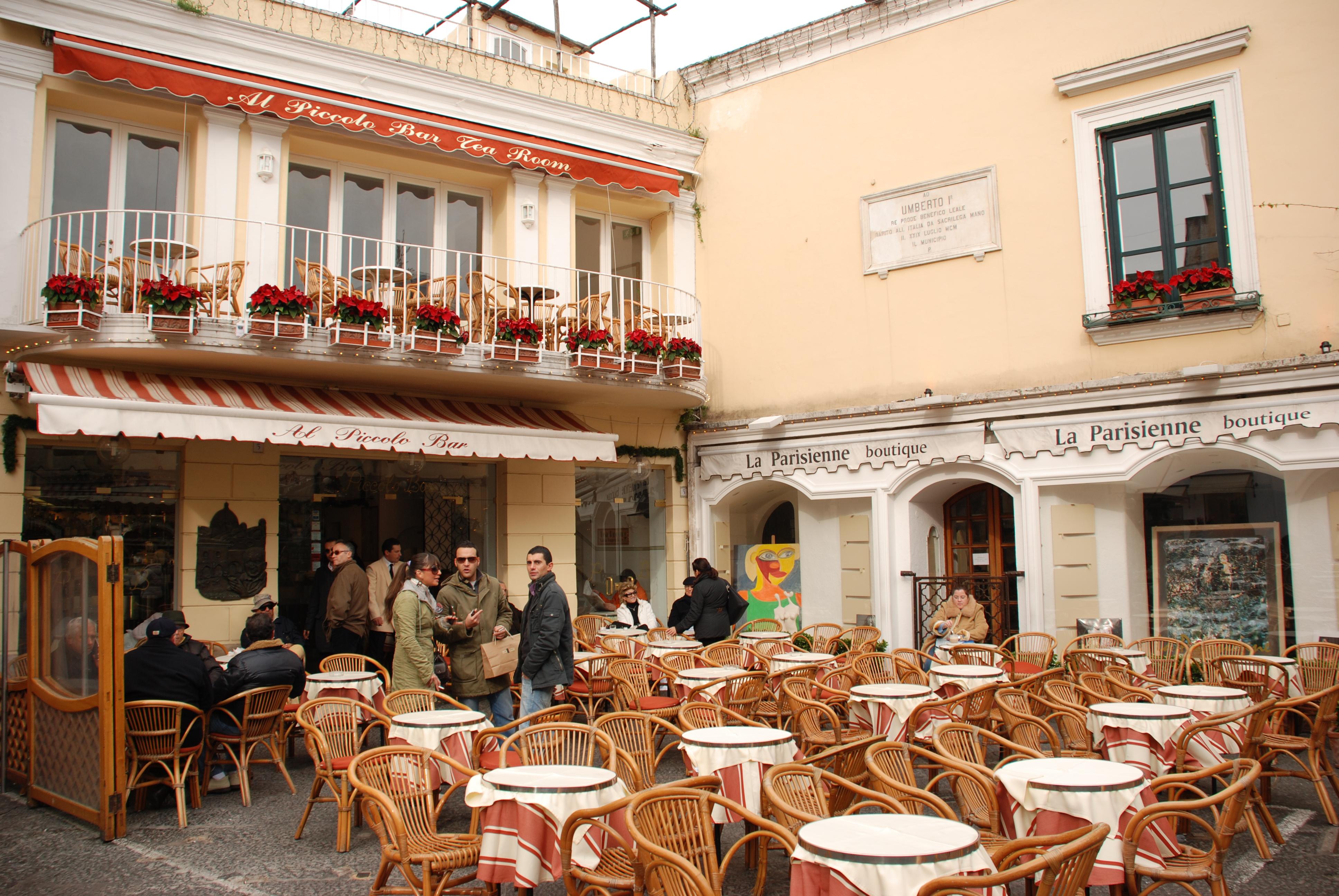 Cafe De Napoli