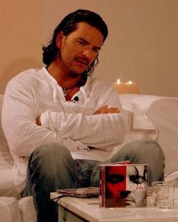 Entrevista durante la presentación de su disco Adentro 2006.