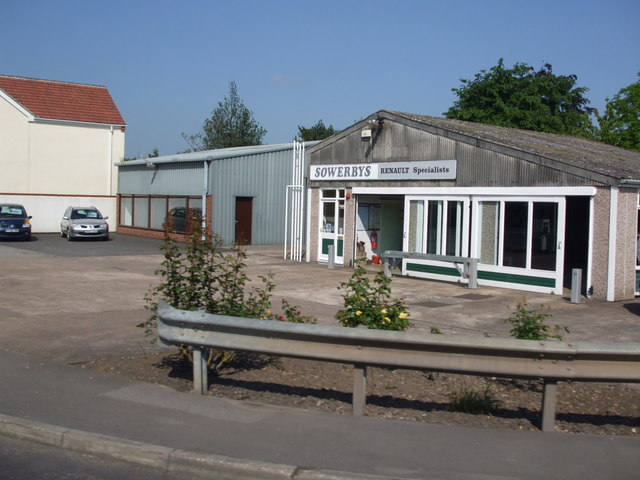 File:Austerfield Car Dealership - geograph.org.uk - 1326904.jpg