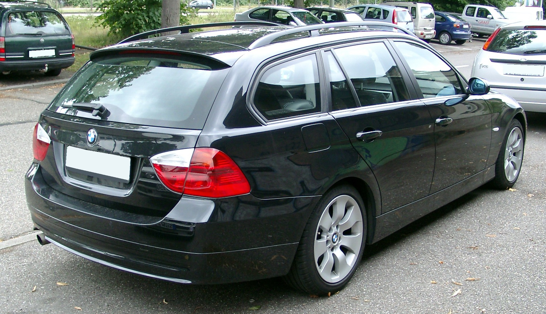 File Bmw E90 Kombi Rear 20080722 Jpg Wikimedia Commons