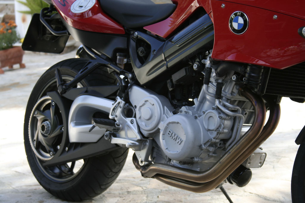 file:bmw f800s engine detail - wikimedia commons