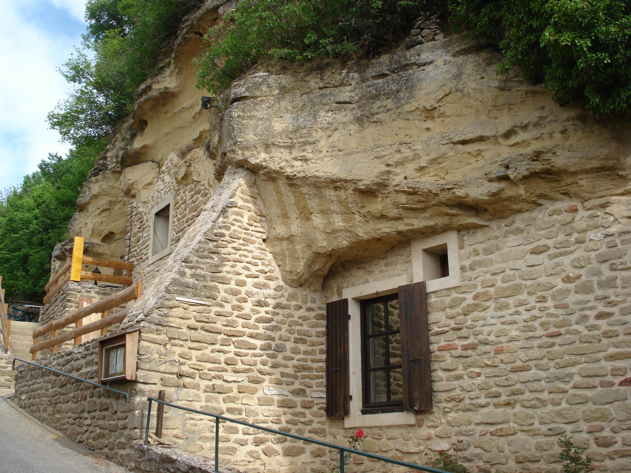 File bathernay maison troglodyte jpg wikimedia commons - Maison troglodyte angers ...