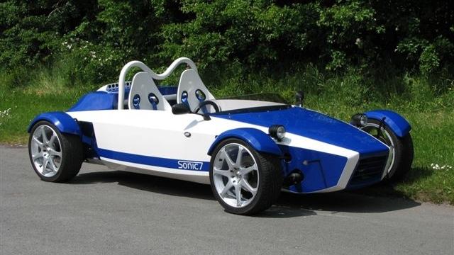 Mev Sonic 7 For Sale >> File:Blue-white MEV Sonic7.jpg - Wikimedia Commons