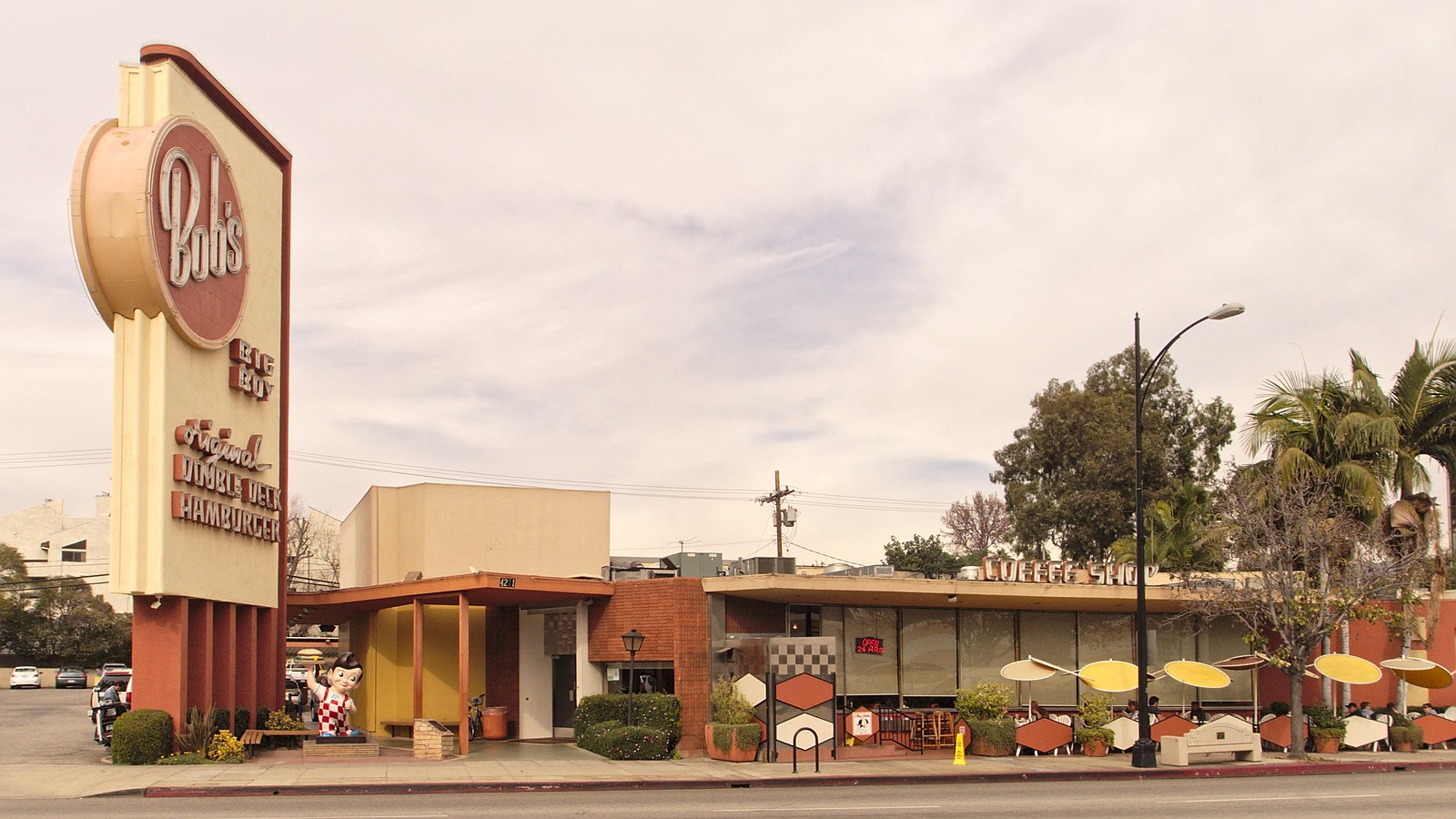 File Bobs Big Boy Burbank 2014 01 21 3 Jpg Wikimedia Commons
