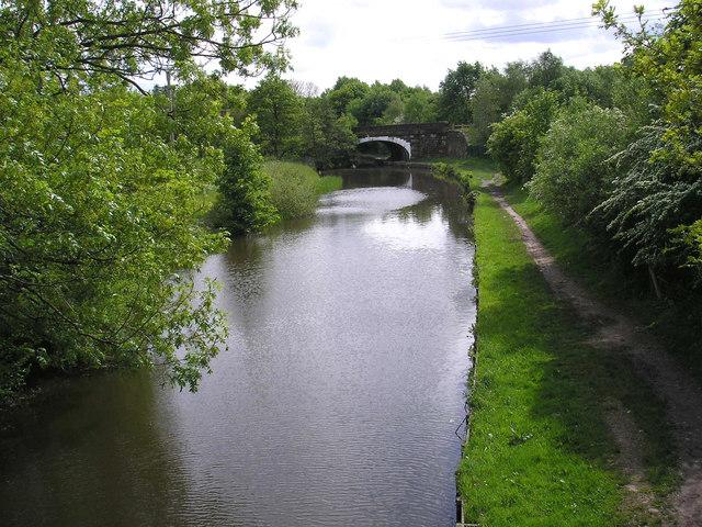 Canal near Chorley - geograph.org.uk - 174548