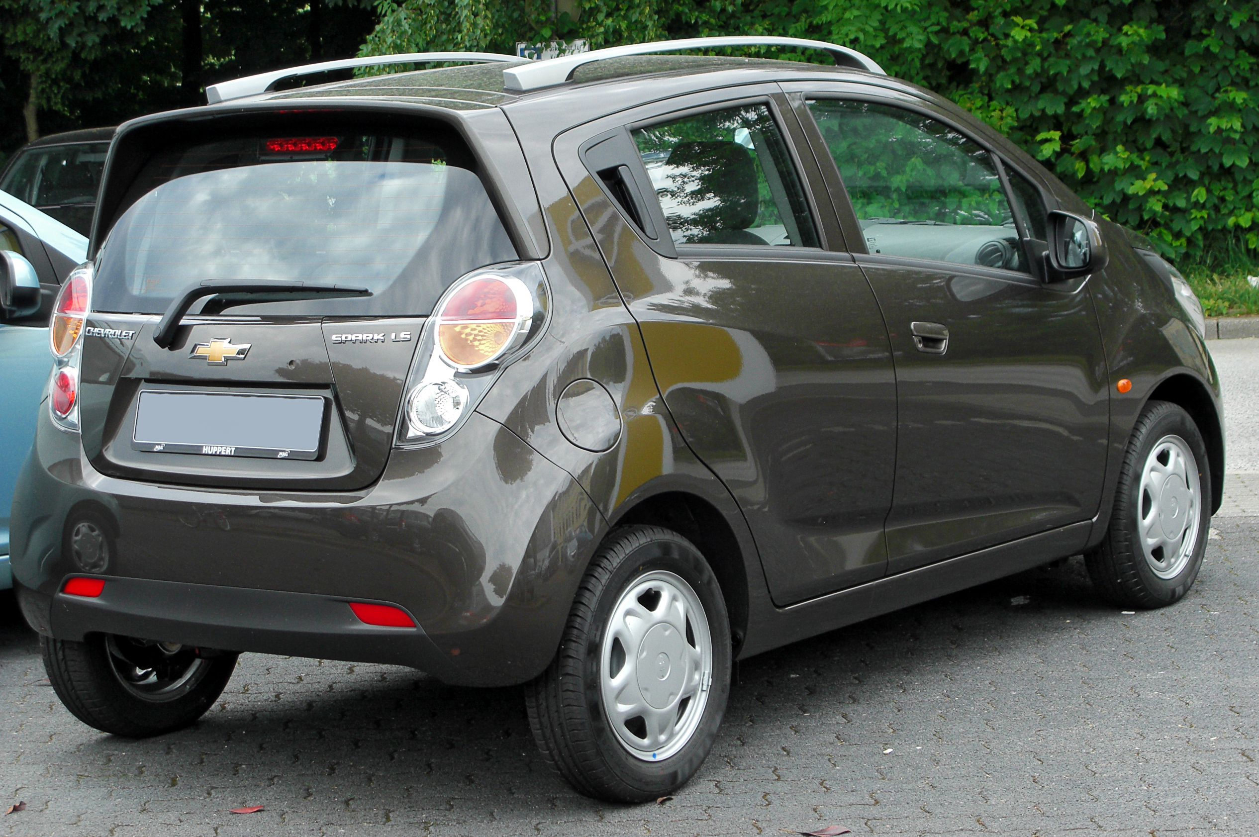 File chevrolet spark 1 2 ls rear wikimedia for Housse auto tuning