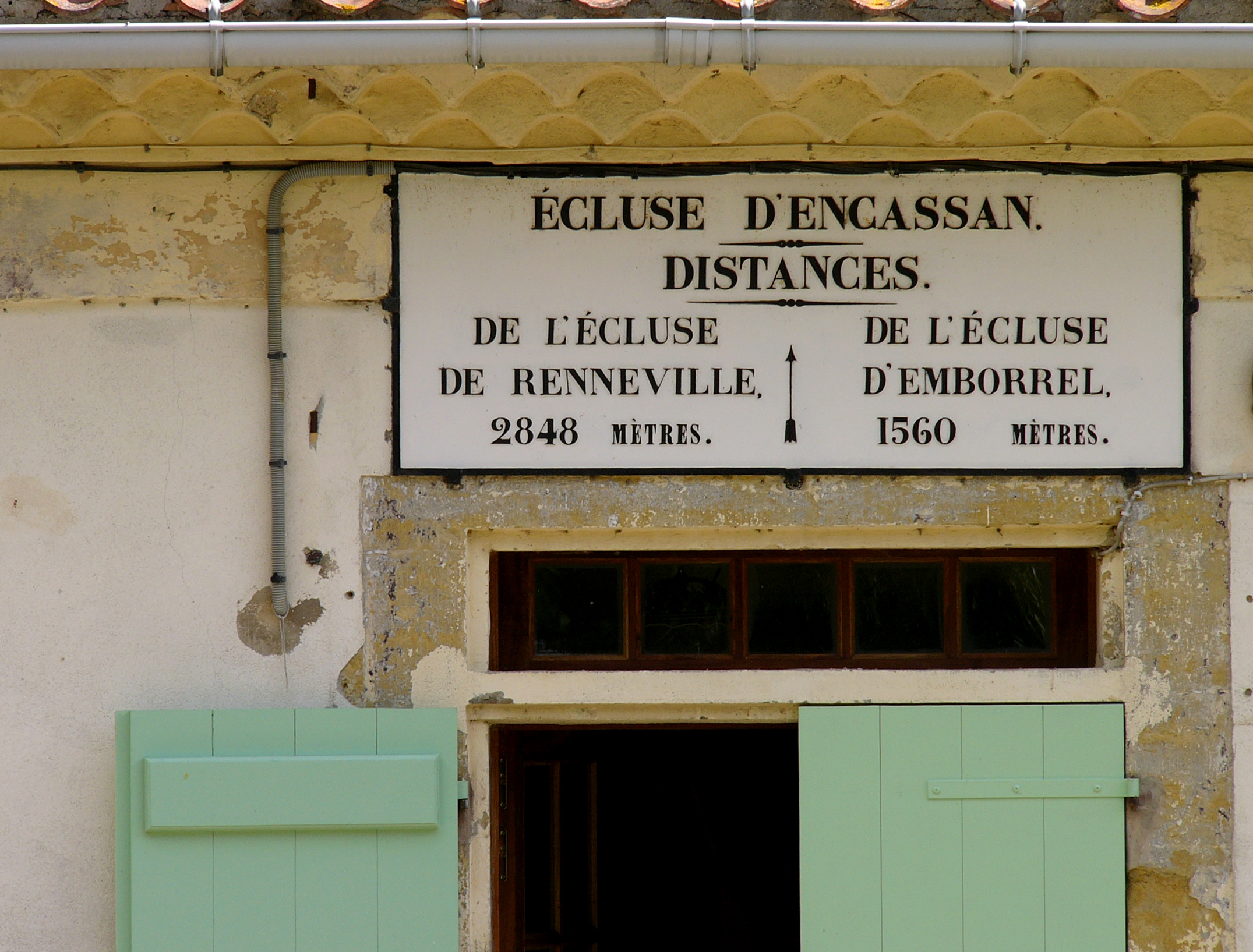 Encassan Lock - Canal du Midi.jpg