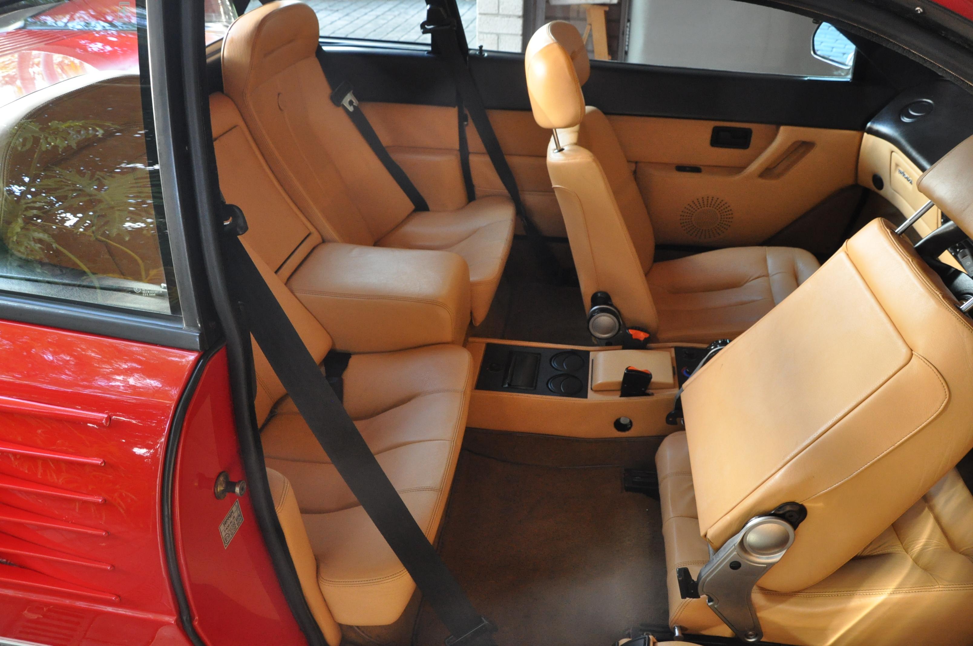 ferrari mondial quattrovalvole 3 0 ferrari mondial cabrio 3 0 quattrovalvole 1985 verkocht. Black Bedroom Furniture Sets. Home Design Ideas