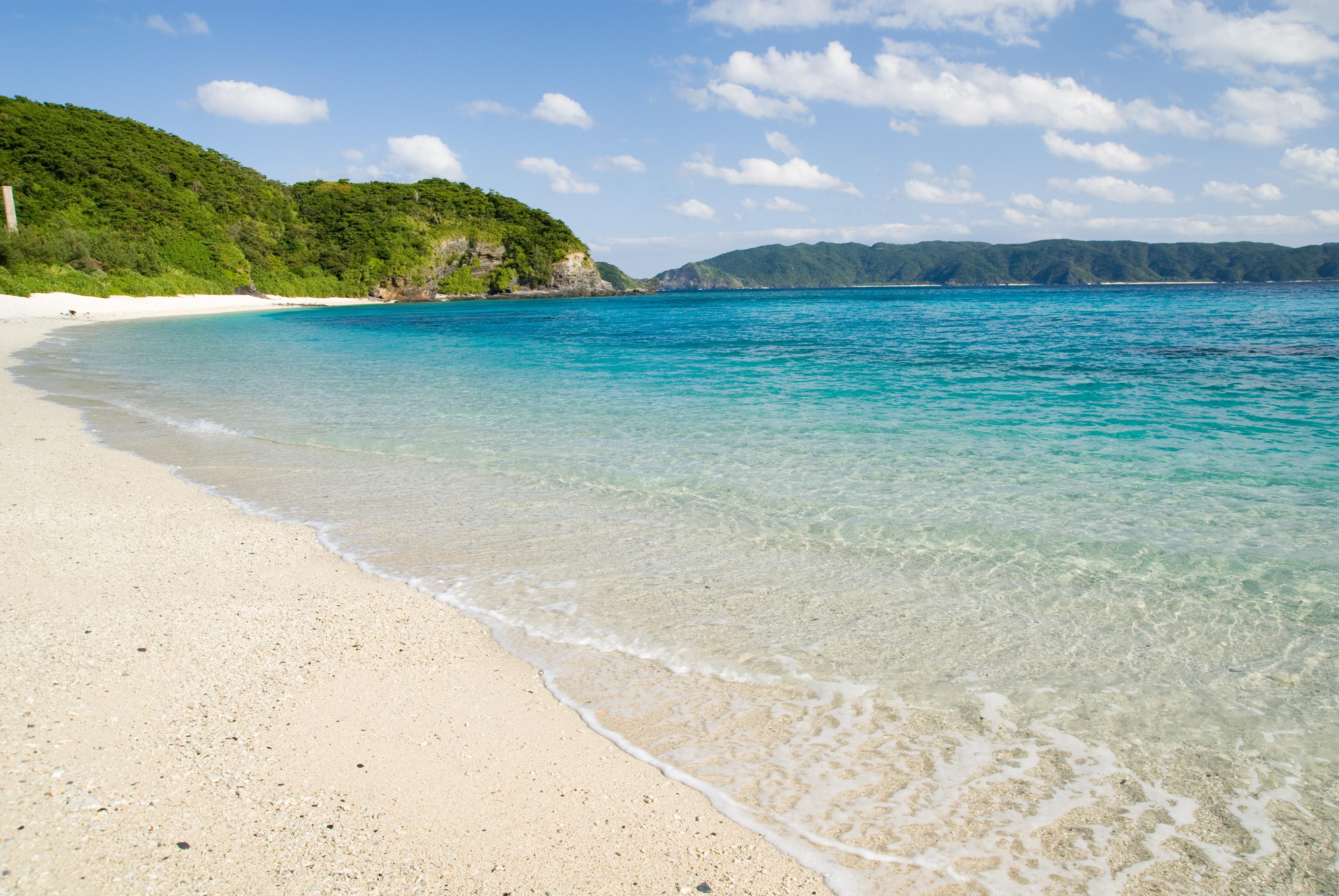 File:Furuzamami... Beach