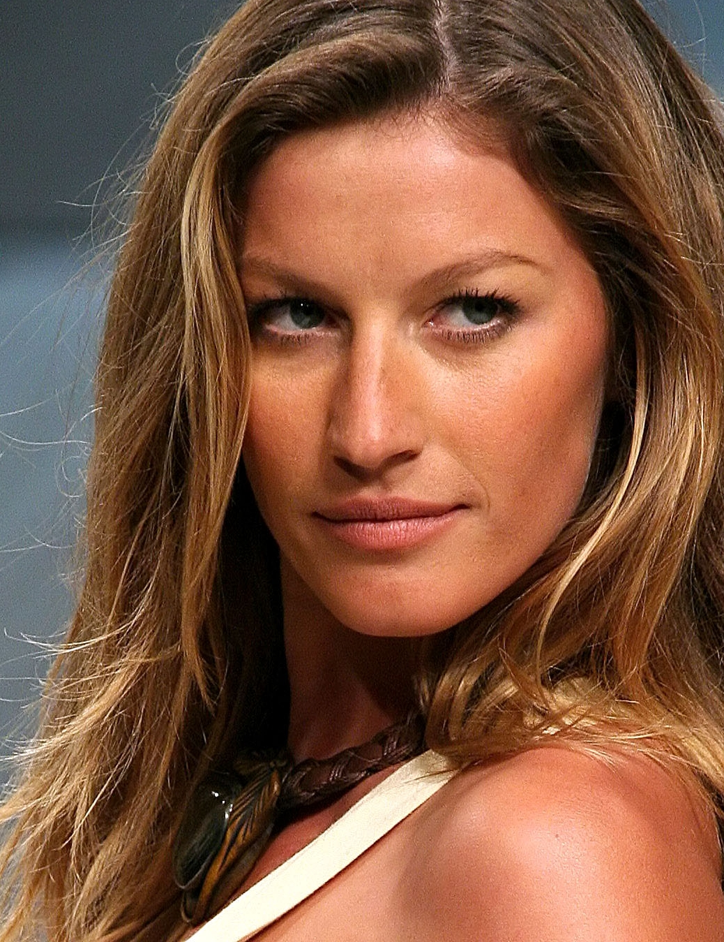 File:Gisele Bundchen2 cropped.jpg - Wikimedia Commons Gisele Bundchen