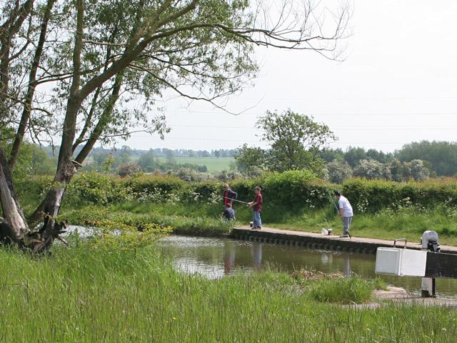 File:Half Term fishing at Ervin's Lock - geograph.org.uk - 179346.jpg