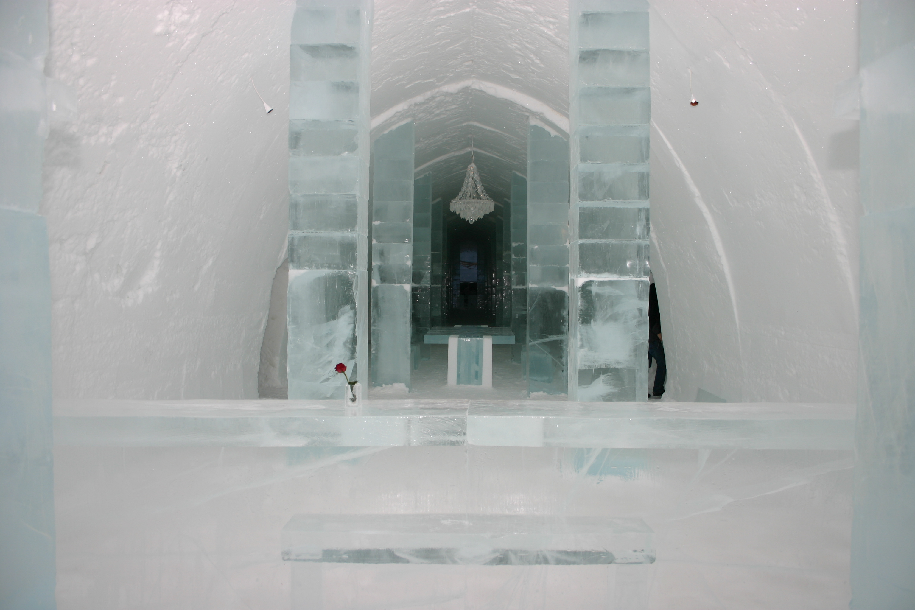 file icehotel se 03 jpg wikimedia commons. Black Bedroom Furniture Sets. Home Design Ideas