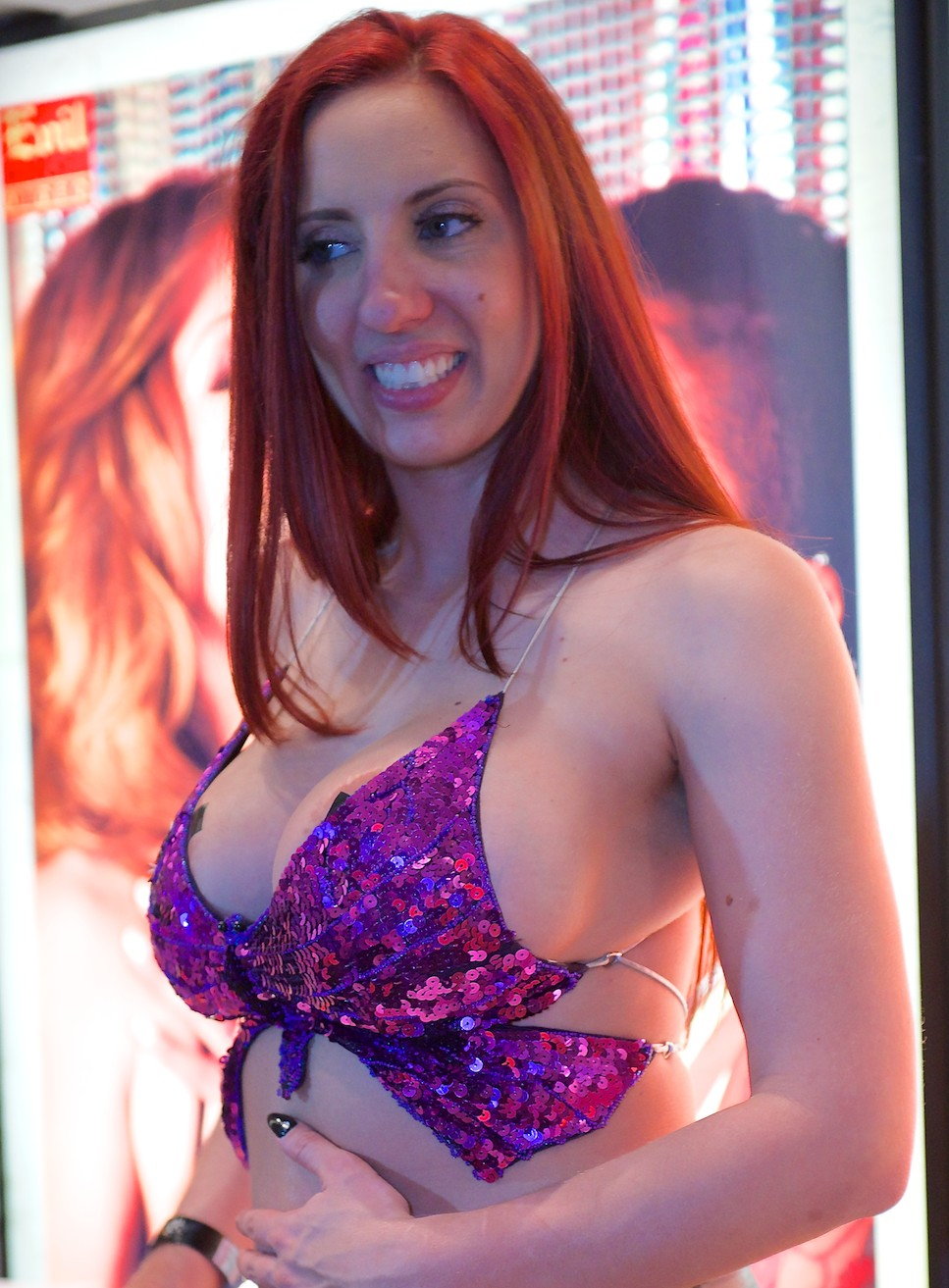 kelly divine video