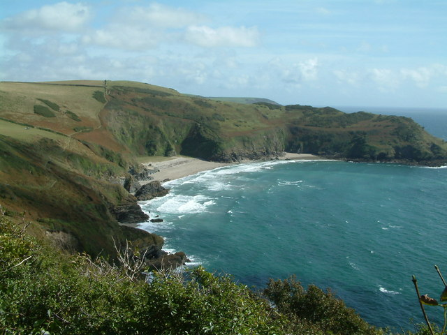 Lantic Bay - geograph.org.uk - 412951