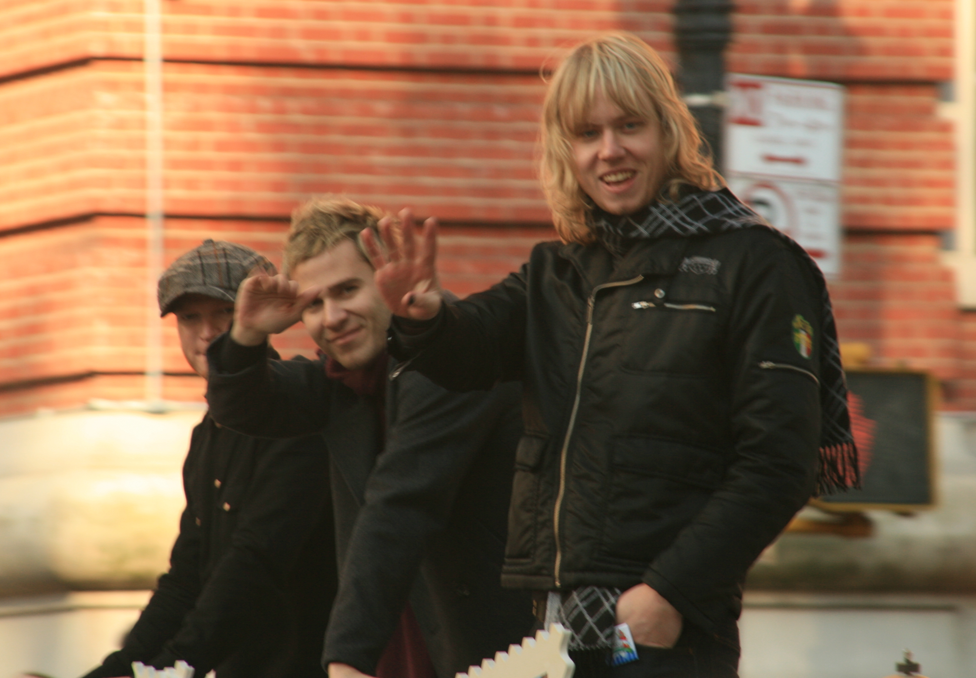 Lifehouse at [[Macy's Thanksgiving Day Parade]] in 2007