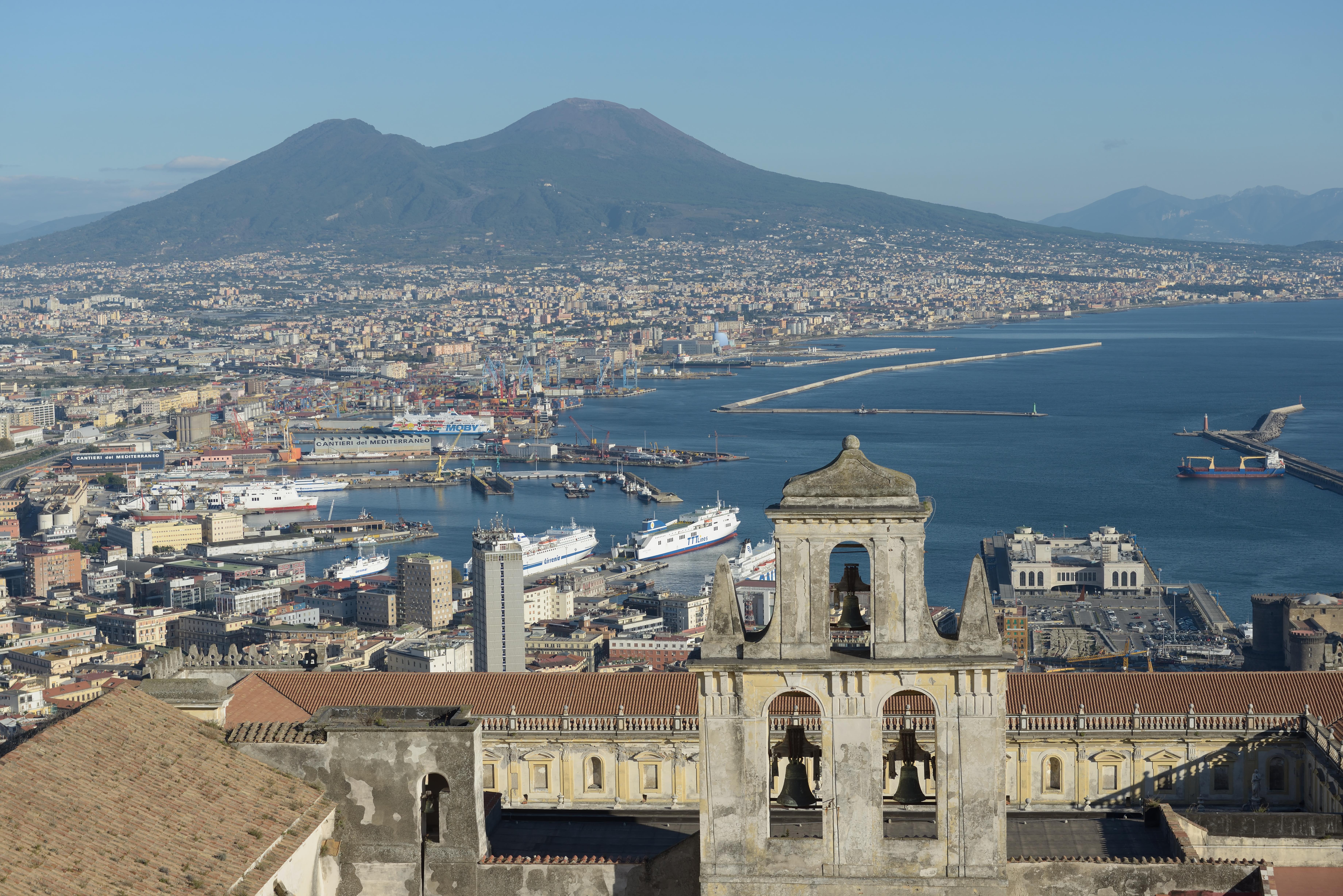 File Naples From The Castello Sant Elmo With Abbazia San Martino The Port And The Vesuv Jpg Wikimedia Commons
